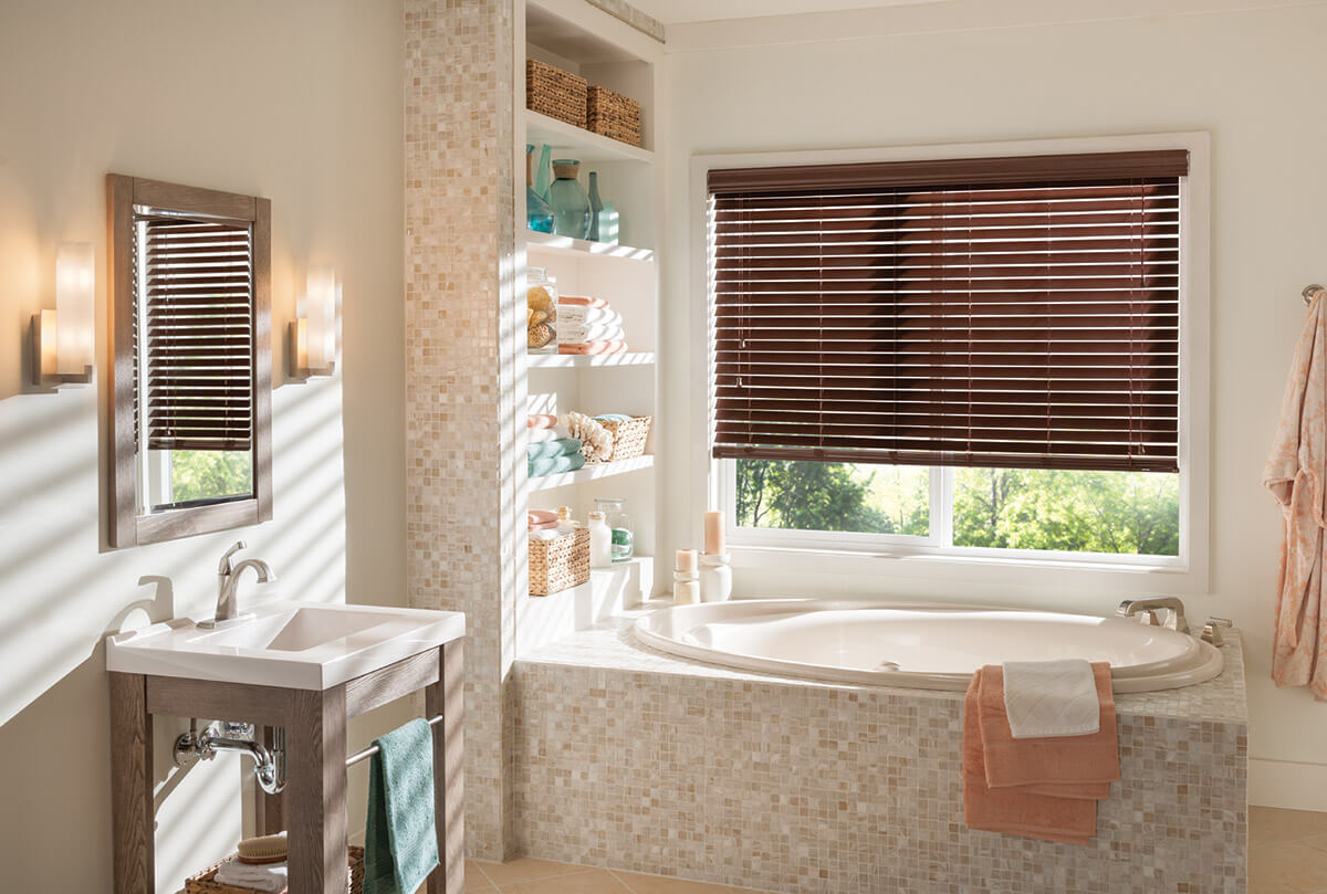 Faux woodblinds