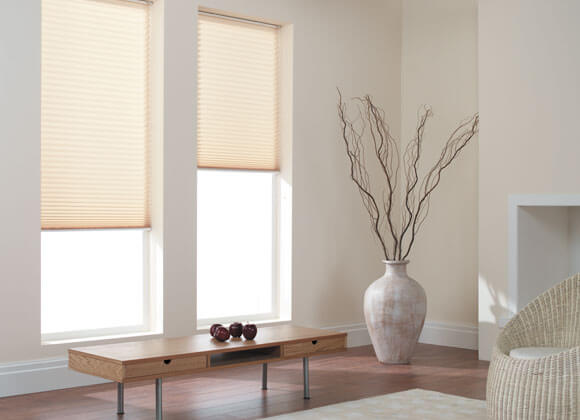 modern pleated cream blinds